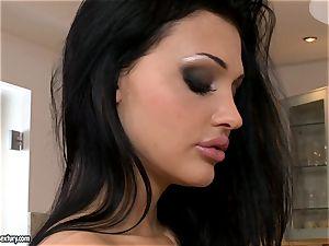 exquisite lady Aletta Ocean exposes her seductive bosoms for everyone's dream