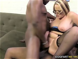 huge-chested cougaree Siren loves double foray