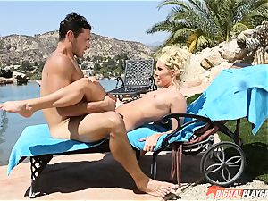 Impaling the minge of cougar Aaliyah enjoy by the pool