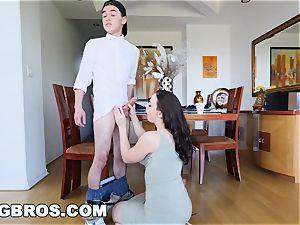 BANGBROS - cougar Chanel Preston boinks daughters-in-law bf