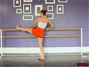 super-sexy stretches by Yanna