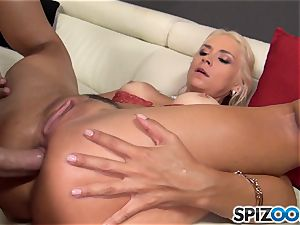 mischievous platinum-blonde Sarah Vandella romped in her fuckbox pie