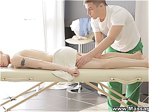 massage X - Lola Taylor- romp on a folding massage table