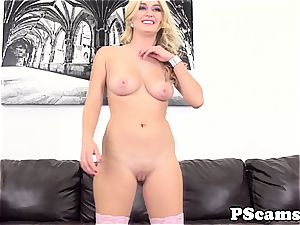 Webcamchat showcase with facialized Natalie Starr