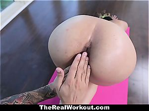 youthfull Latina snatch stretched out during exercise
