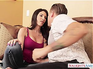 Dava Foxx takes a yam-sized man-meat in her jiggly poon