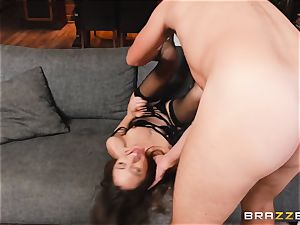 handsome Riley Reid anal invasion pulverize with dangled kinky Keiran