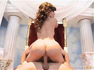 luscious mummy Lisa Ann is goddess of off the hook banging