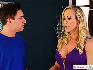 Brandi love ravages the delivery dude