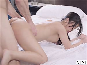 VIXEN youthful chinese student Has sultry bang-out With Neighbor