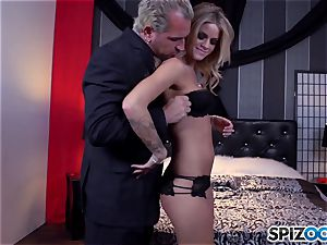 Jessa Rhodes saucy taut cooter is screwed by a massive cock
