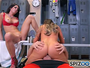 Nikki Benz and Jessica Jaymes screw prick in the locker apartment