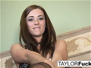Taylor Vixen Looks extra steamy In ebony stocking
