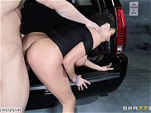 chesty Ariella Ferrera - Drive on my trunk