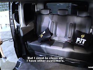 plumbed IN TRAFFIC - Czech black-haired enjoys torrid car orgy