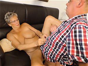 xxxOmas - Angelika J needs stiff knob - german porno