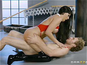 hot vampire honey Mercedes Carrera rides hard hard-on