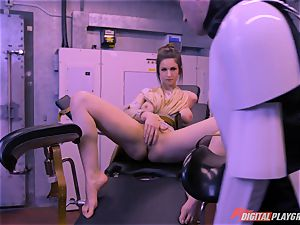 Stella Cox fuckbox bashed by a space agent