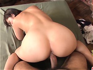 Wakaba Onoue works extra meaty man rod in surpeme point of view