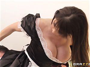 wild maid Eva Karera wont clean up her act